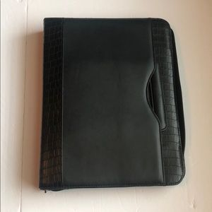 Franklin Covey zipper binder with handles